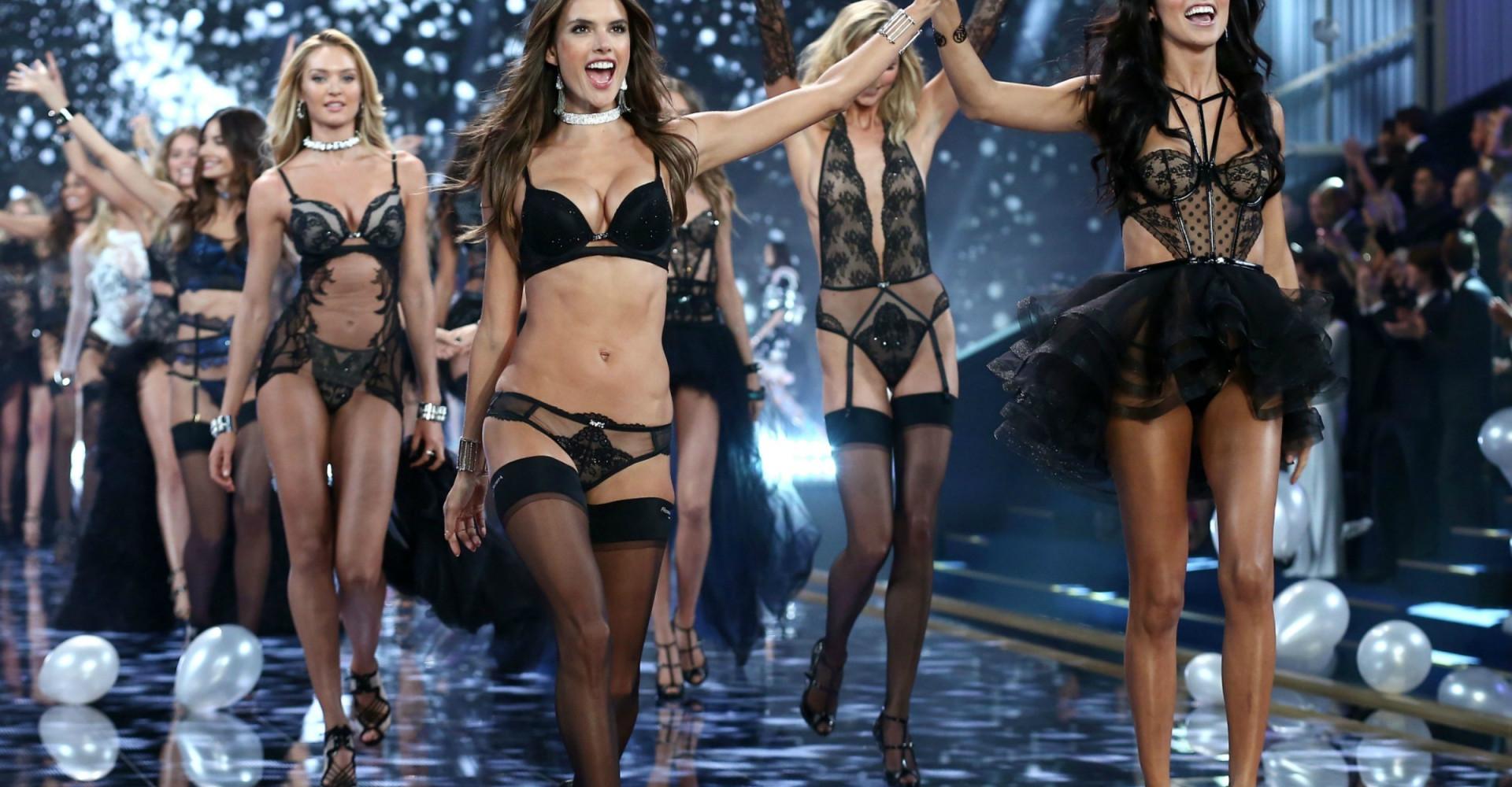 Victoria's Secretin muotishow 2017: tapaa mallit