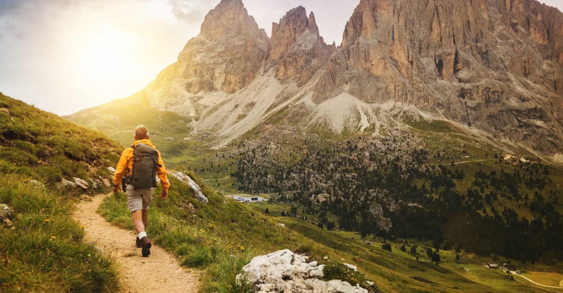 Viaggiare camminando: i sentieri più belli d'Italia