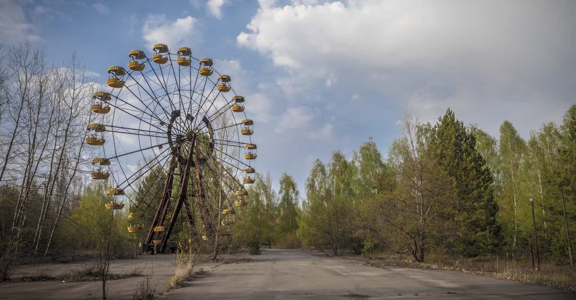 Scary abandoned amusement parks