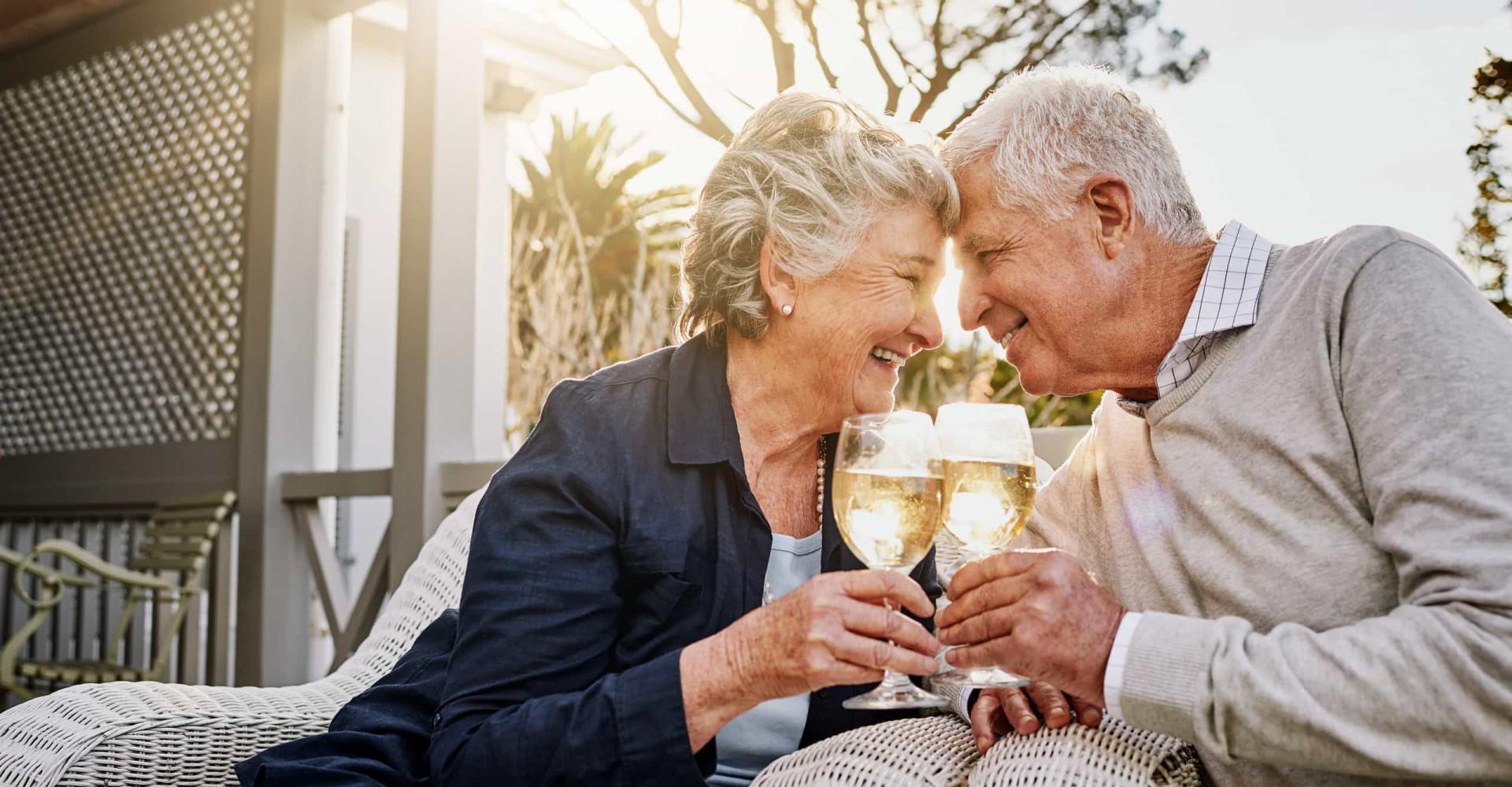 Bewezen: Samen drinken goed voor de relatie!