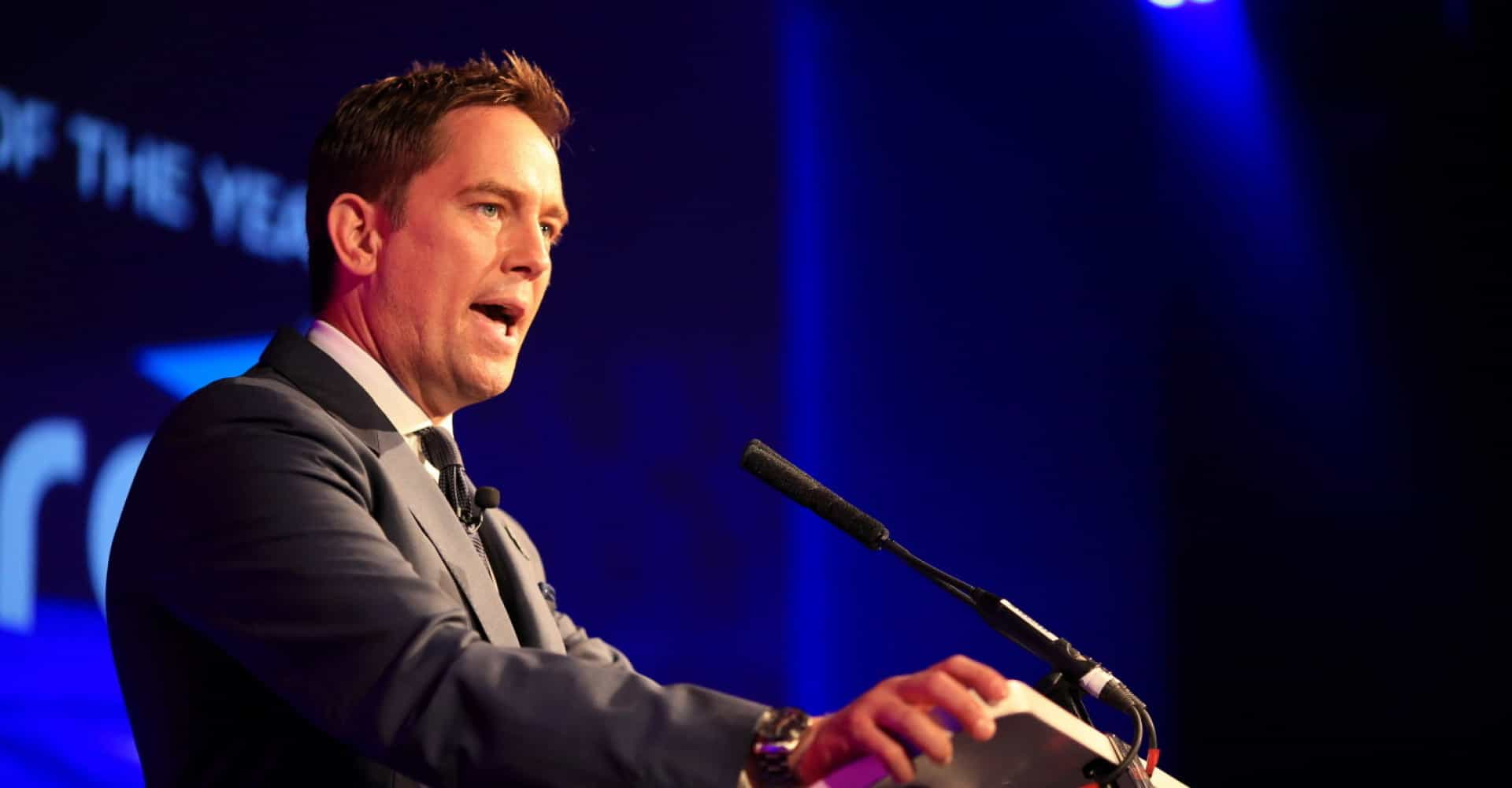 """""""I rage at God"""" Sky sports star Simon Thomas opens up about grieving late wife"""