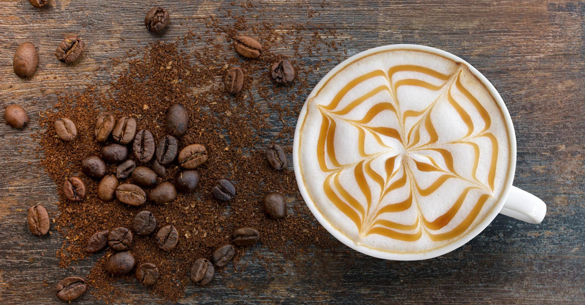 Deze latte artiest maakt 3D koffieontwerpen