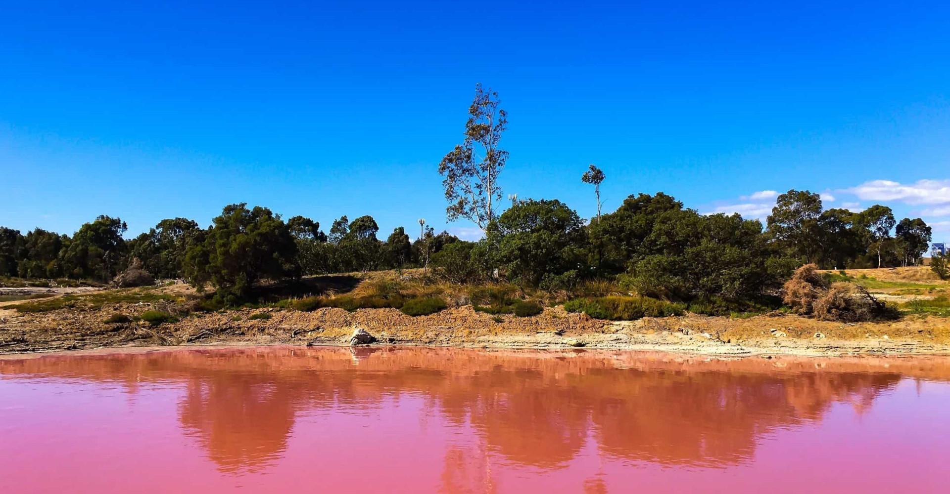 Besøk verden mest fargerike innsjøer