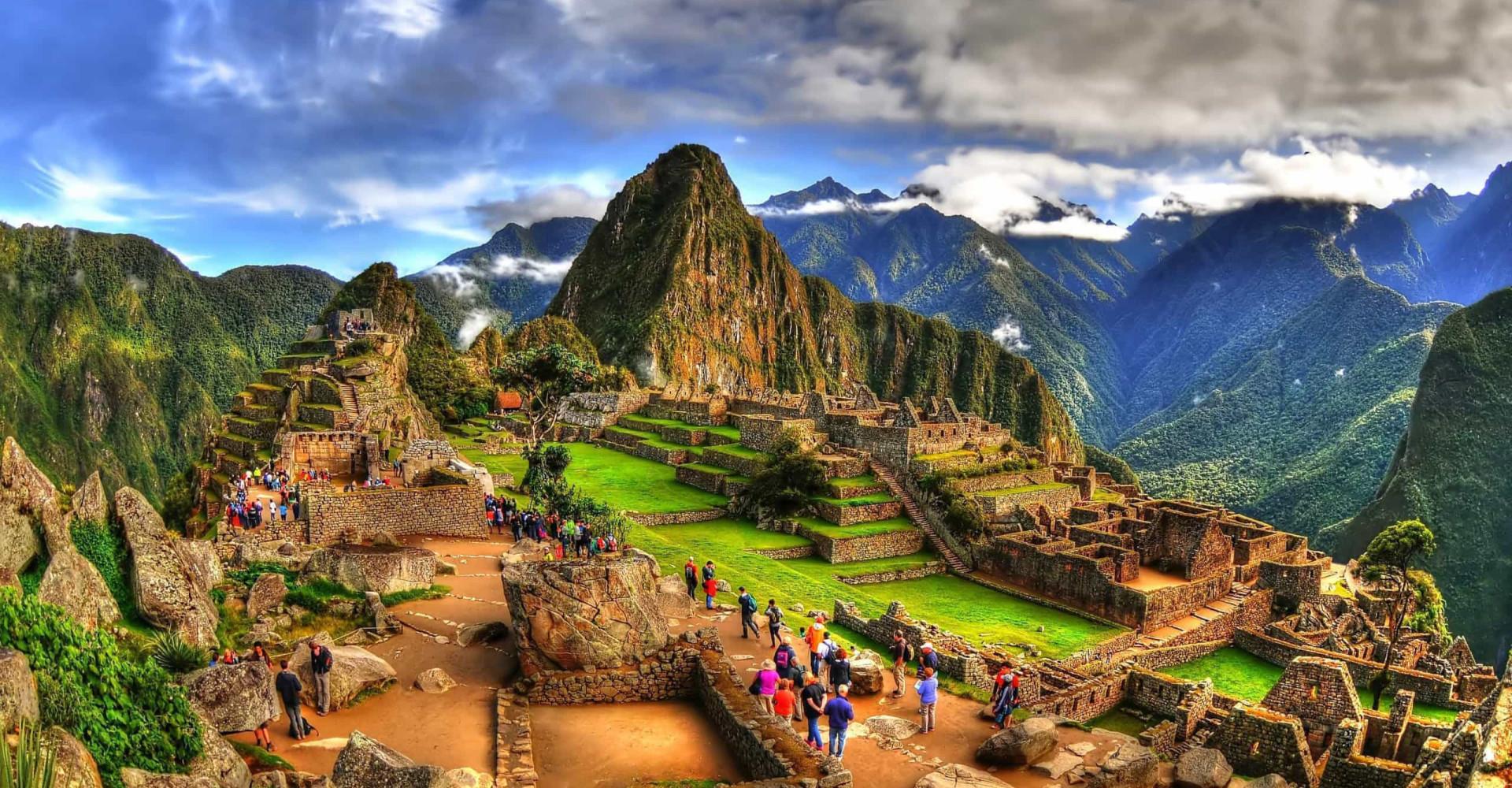 Tutustu maailman upeimpiin vuoristomaisemiin