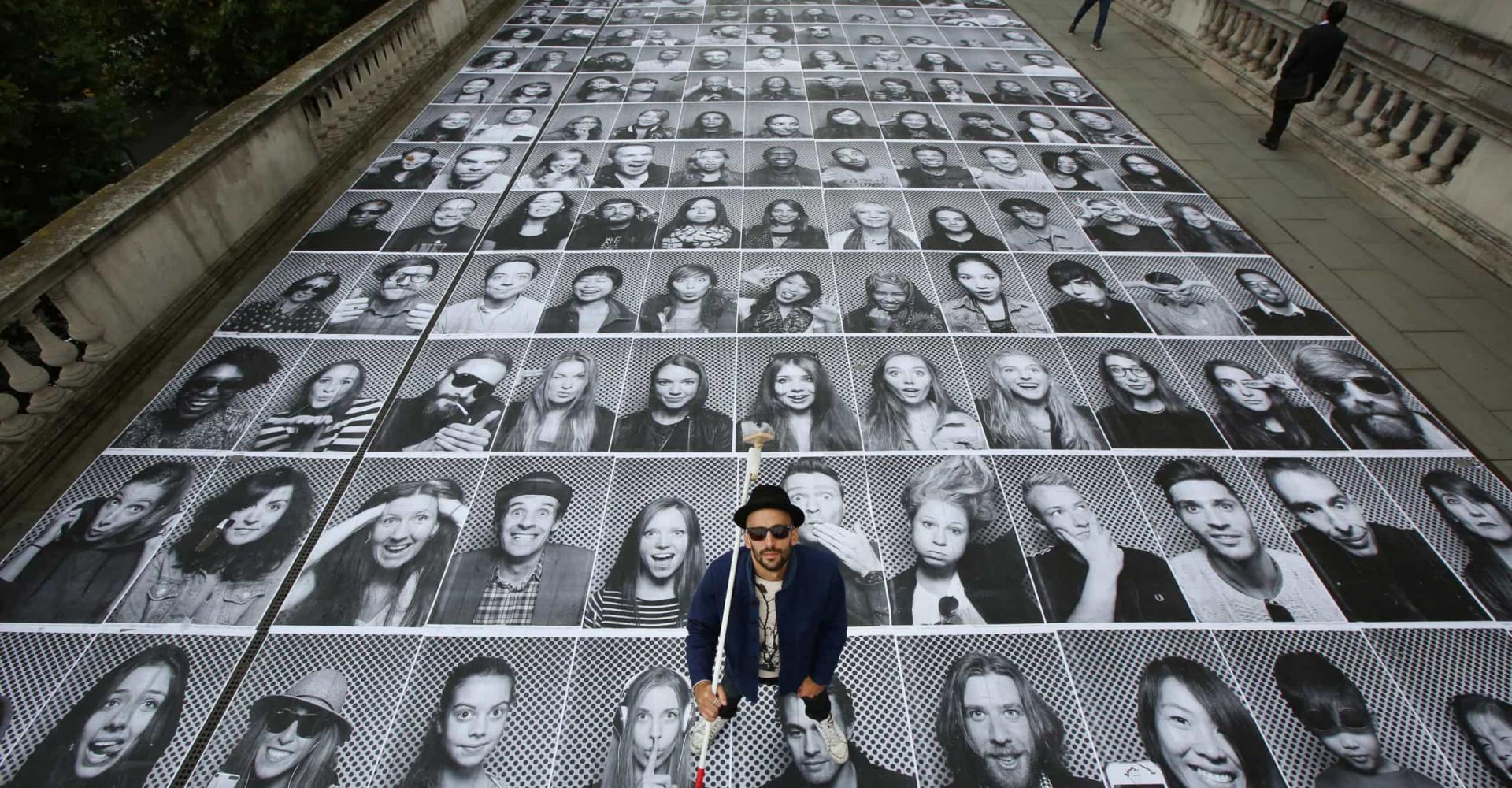 L'artiste JR et ses œuvres les plus magistrales