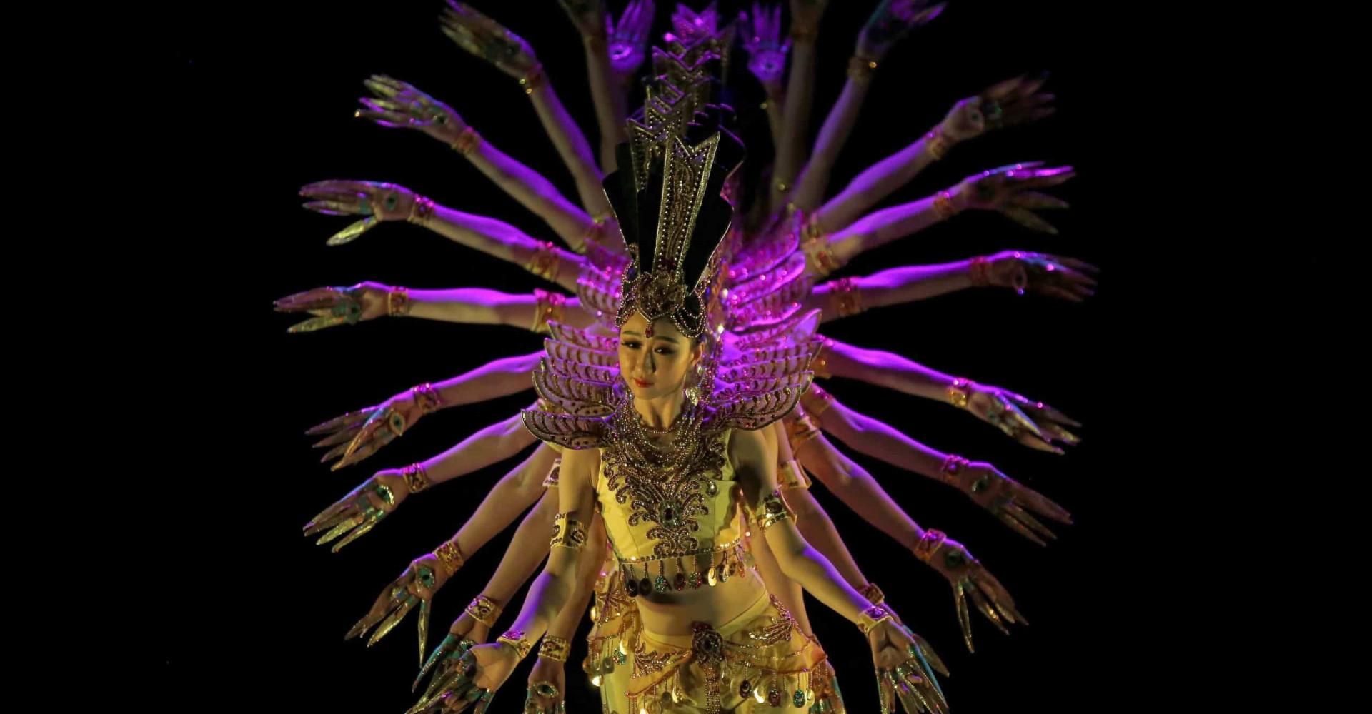 Tradisjonelle danser fra rundt om i verden