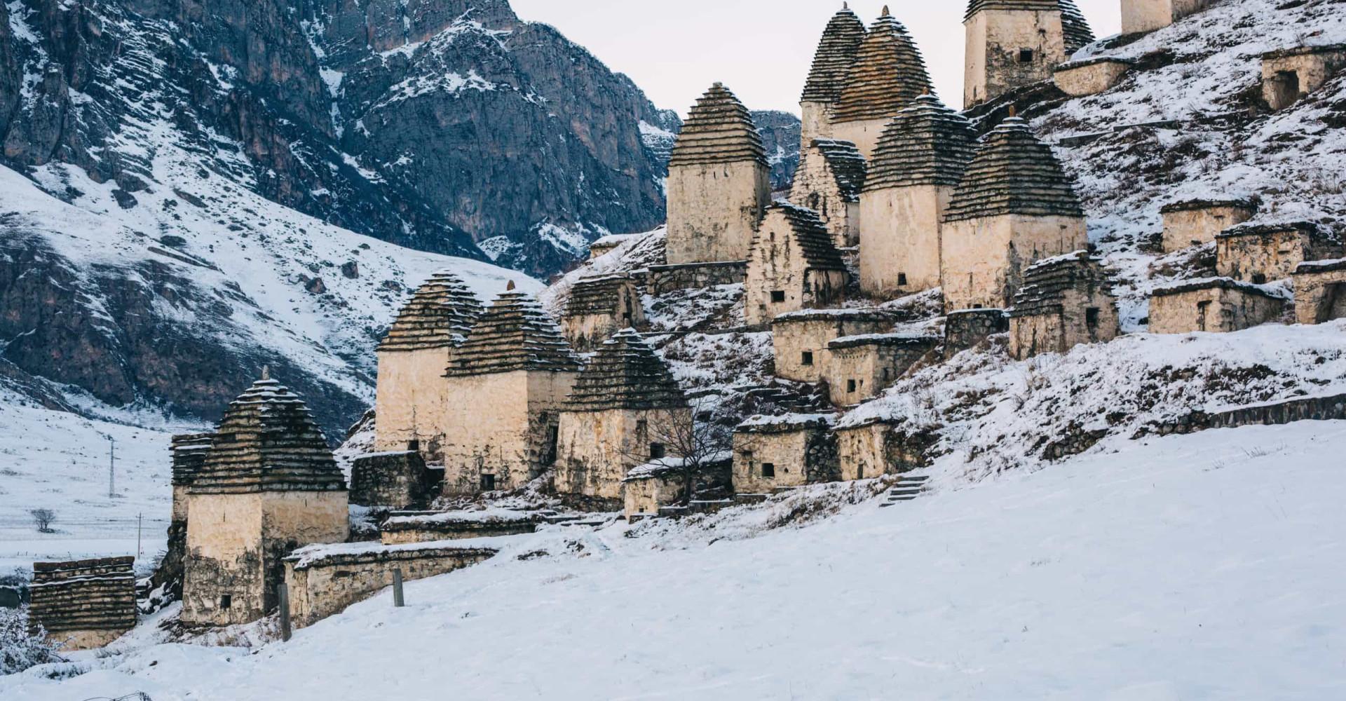 Dargavs: descubre la misteriosa Ciudad de los Muertos