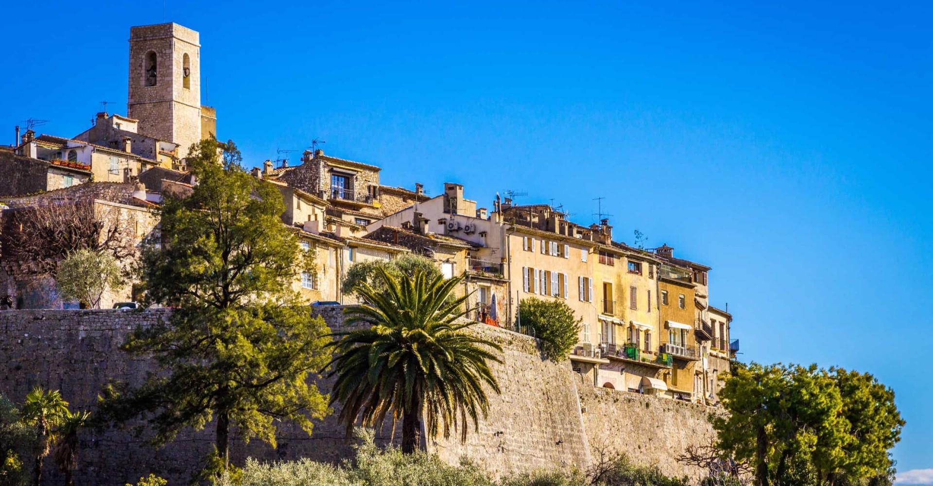 Balade au cœur des villes et villages fortifiés de France