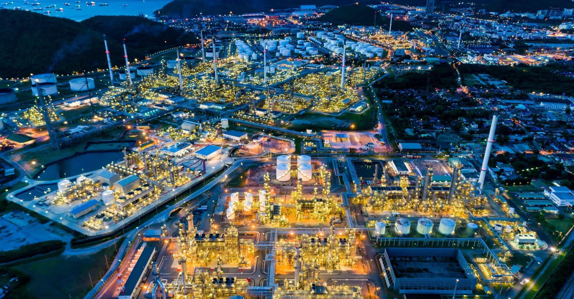 Teollisuuden toinen puoli: kauniit kuvat tehdasympäristöistä