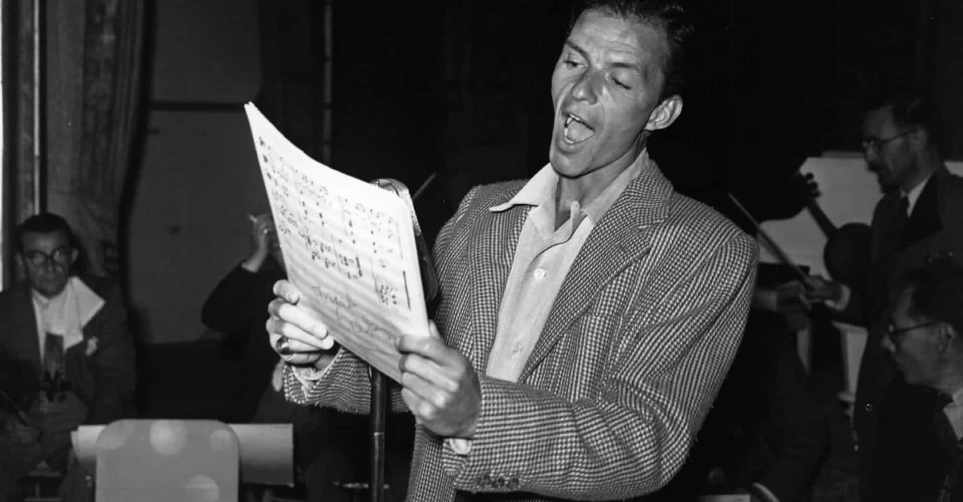Ol' Blue Eyes: Frank Sinatra behind the scenes