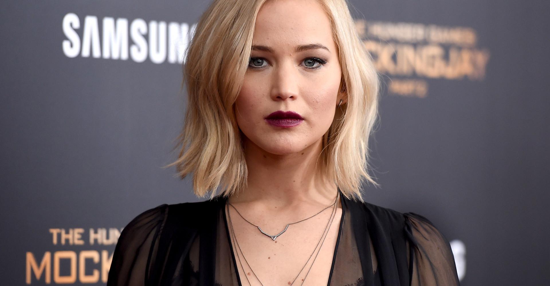 Jennifer Lawrence pede que celebridades sejam mais honestas sobre dietas