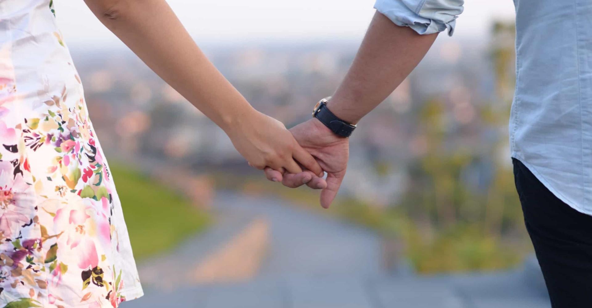 online dating doden engagement Funny online dating profiel slogans