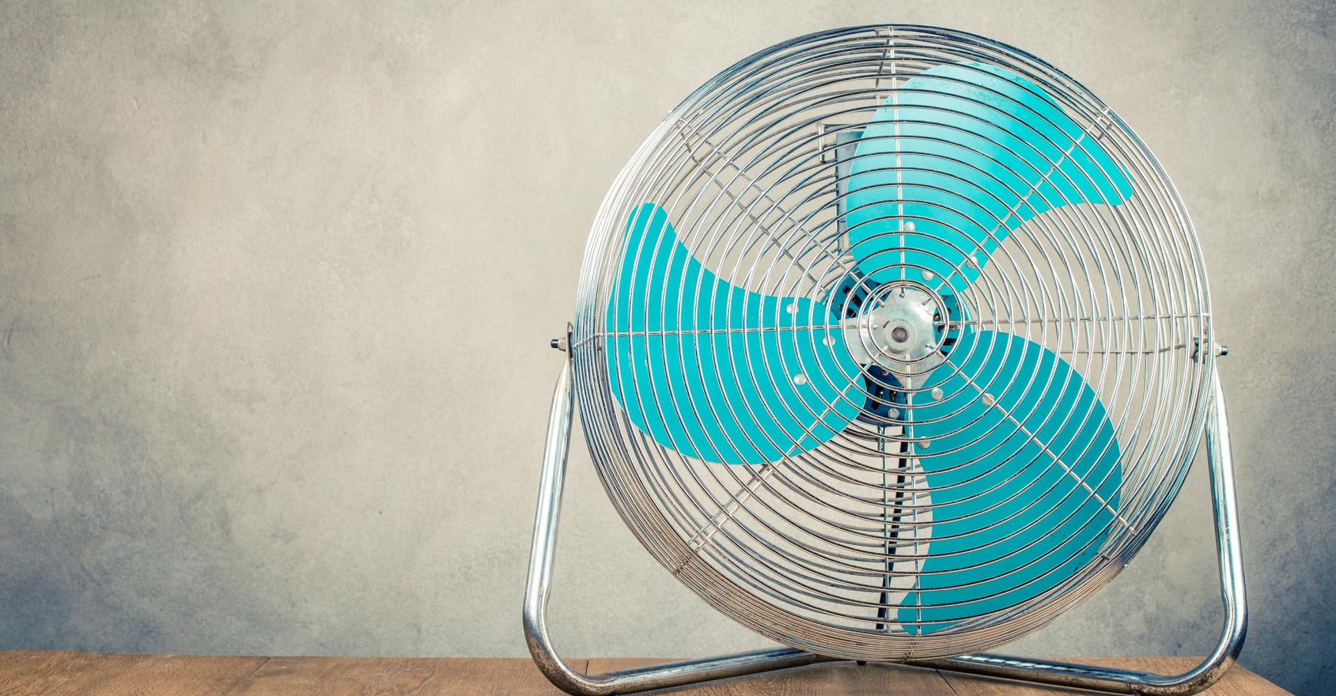 Kun je beter slapen met een ventilator in je slaapkamer?