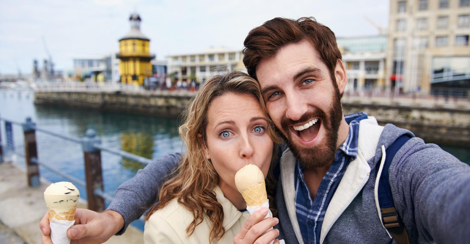 is het mogelijk om vrienden te zijn na het daten is online dating komen met de Sims 3 seizoenen