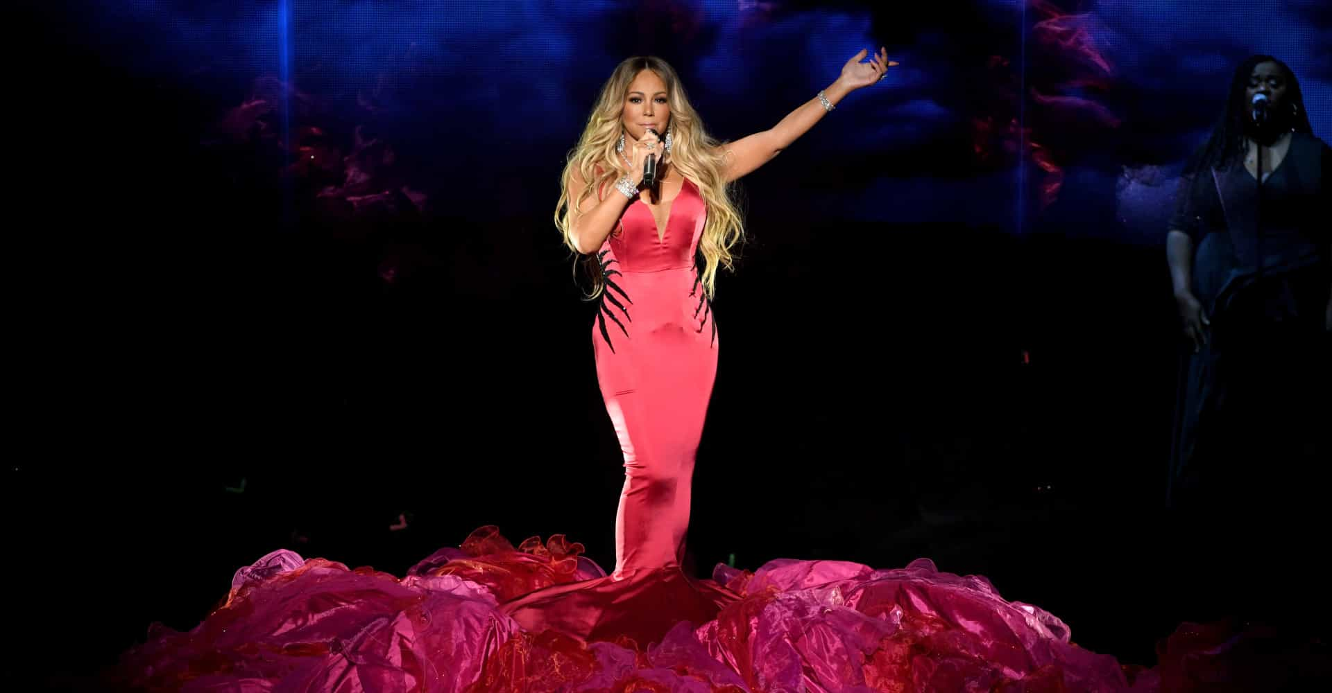 Did Mariah Carey lip-sync her AMAs performance? Check out the viral fan theories