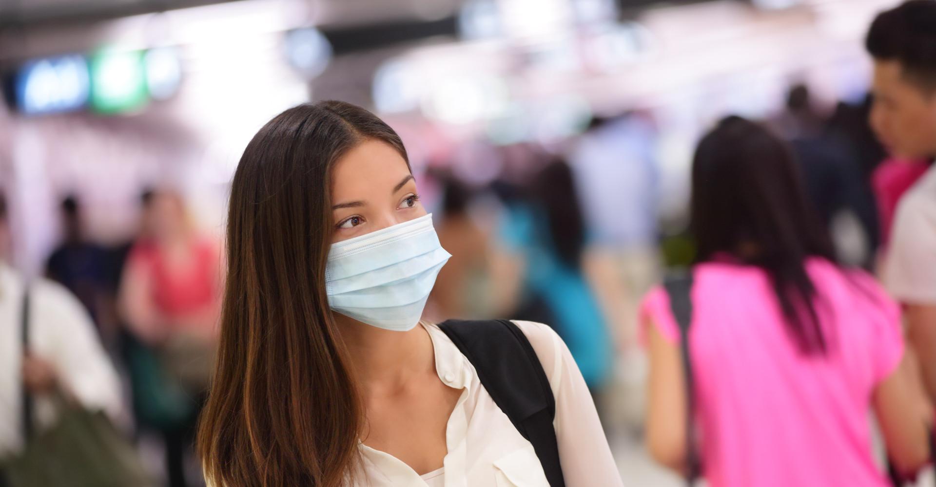 Zou je een mondkapje moeten dragen als je verkouden bent?