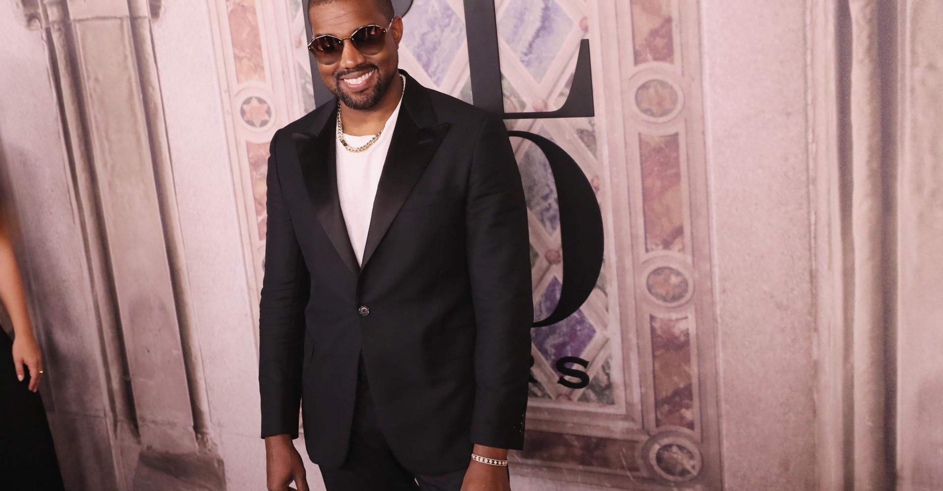 Kanye West dating Iggy Azalea