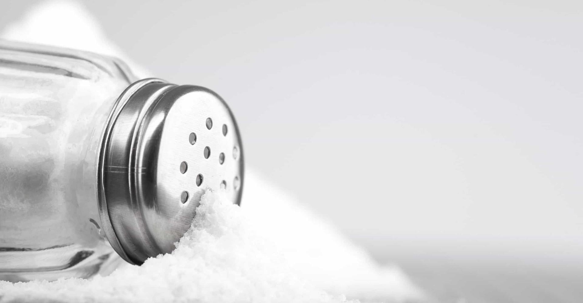 Deze signalen vertellen je dat je te veel zout eet