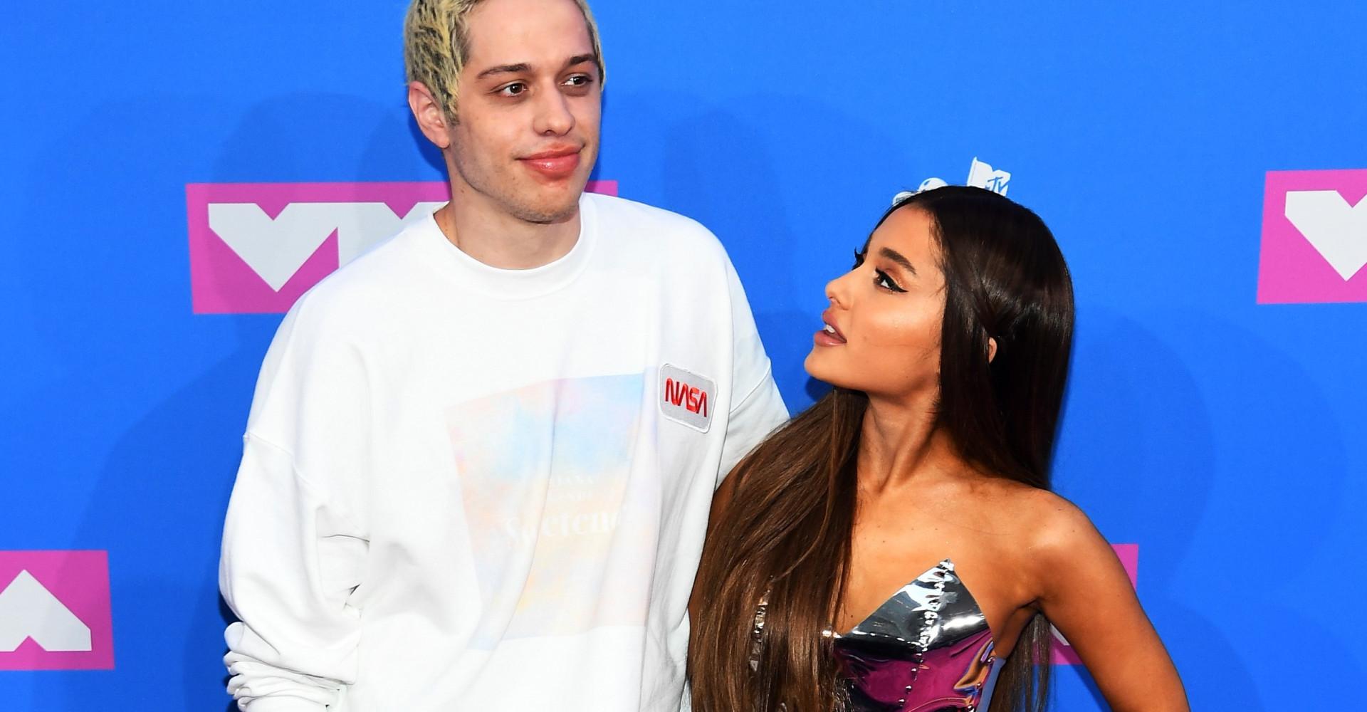 Médico diz que Pete Davidson deve se manter longe de Ariana Grande