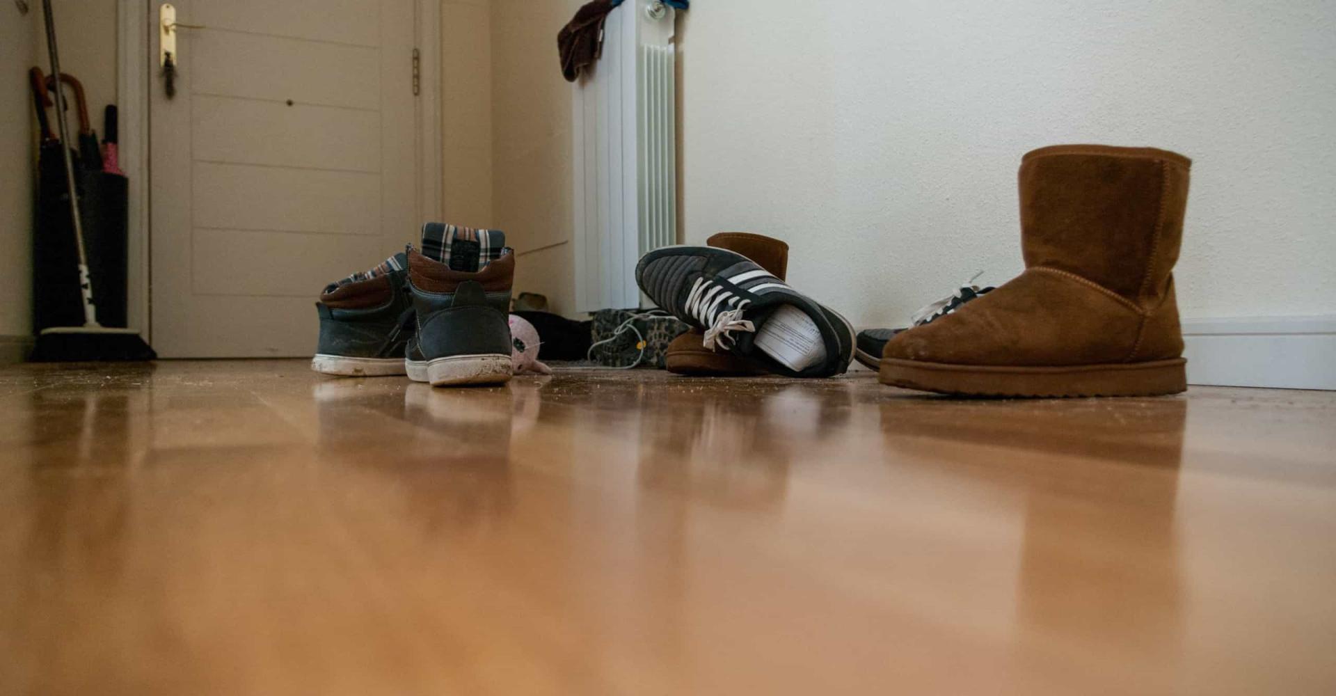 Darum sollten die Sneaker vor der Haustür bleiben