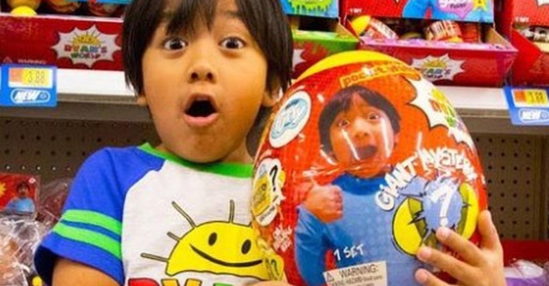 Cet enfant de 7 ans a gagné 22 millions de dollars en un an