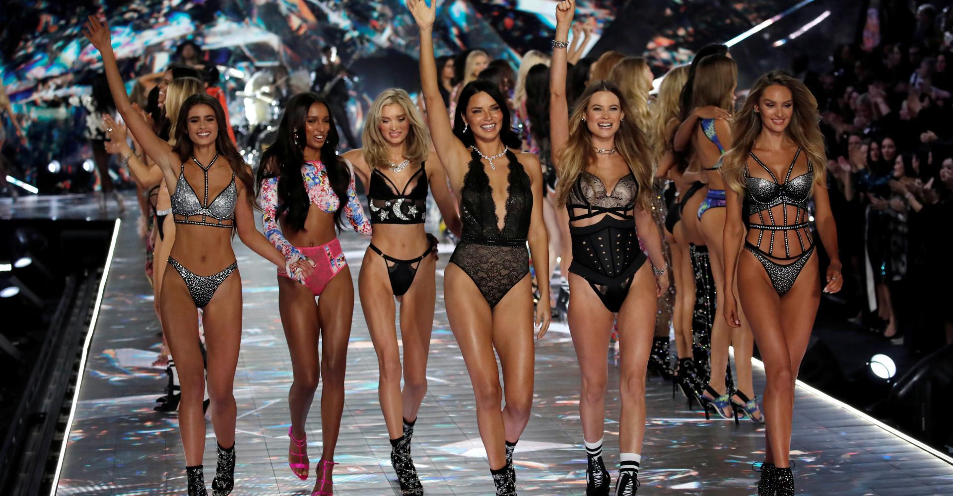 Autodistruzione: È finita l'epoca di Victoria's Secret?