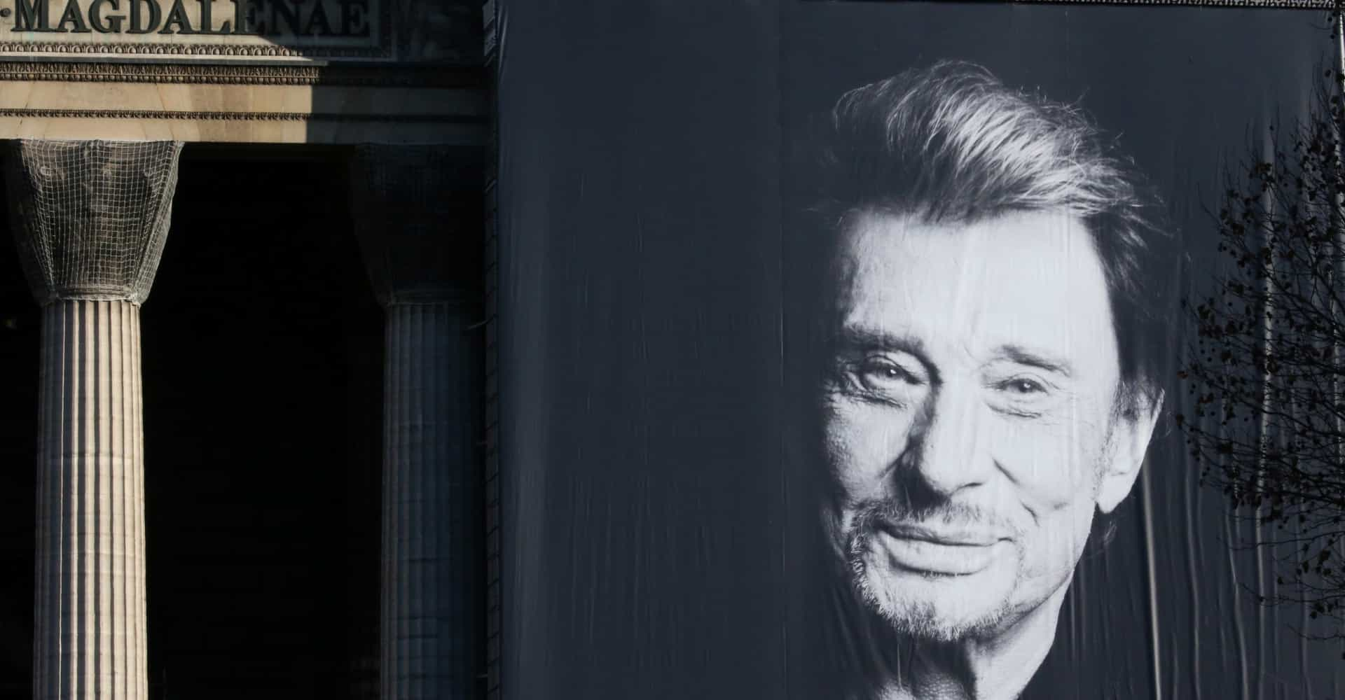Les stars rendent hommage à Johnny Hallyday