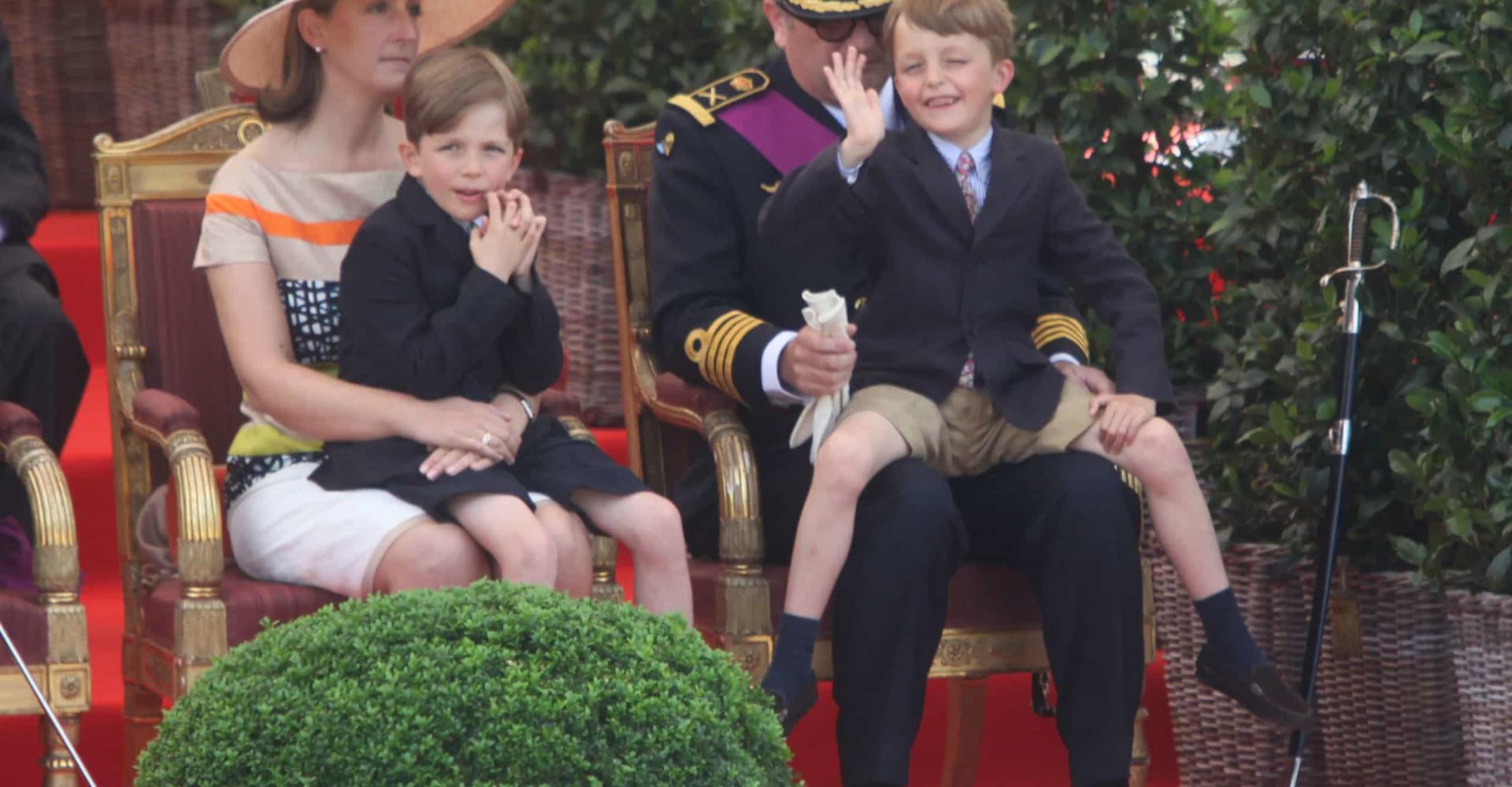 De adorabele prinselijke tweeling van België