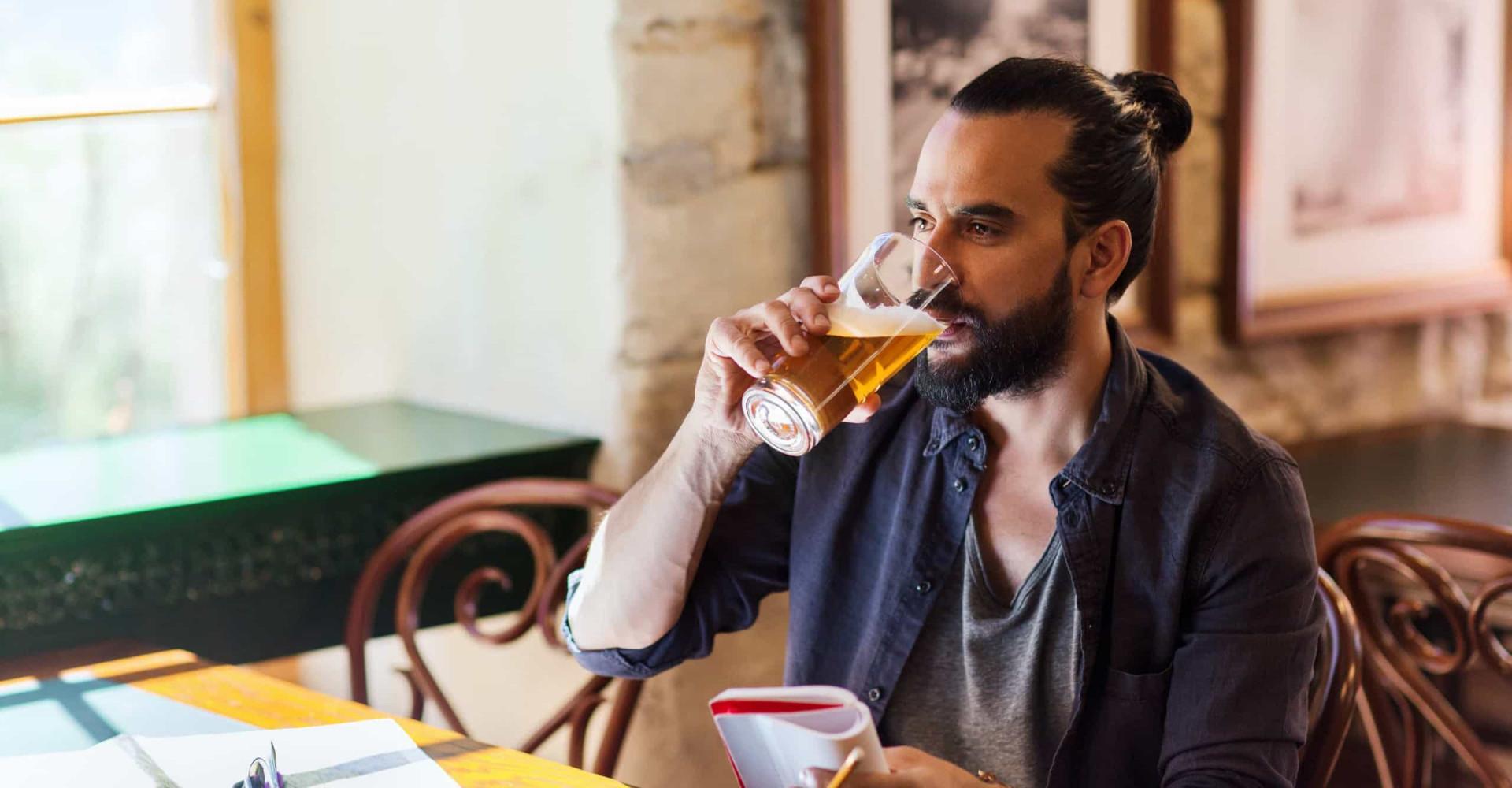In kleine stappen minderen met alcohol