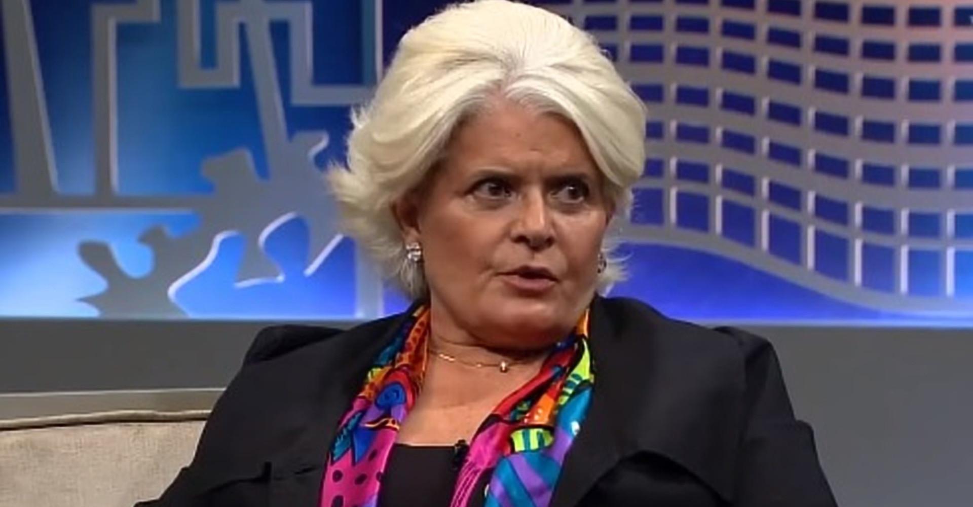 Jussara Freire deixa a Record e acerta seu retorno à Globo após 14 anos