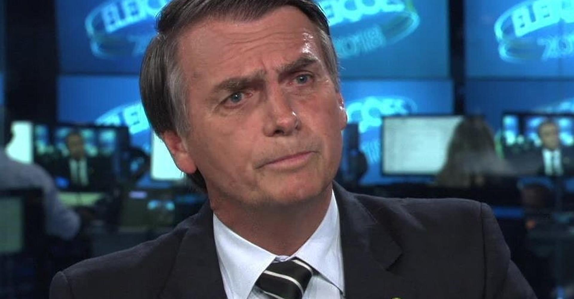 "Globo rebate Bolsonaro sobre polêmica da ditadura: ""Ta brincando?"""