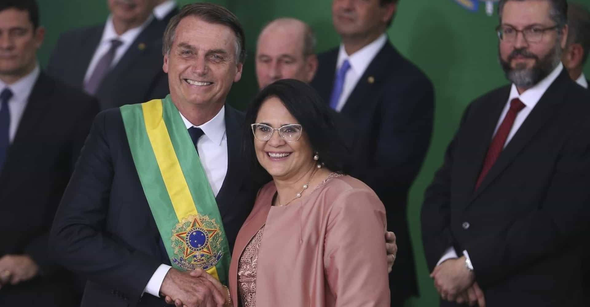 "Globo volta polemizar e critica governo Bolsonaro: ""Fake News"""