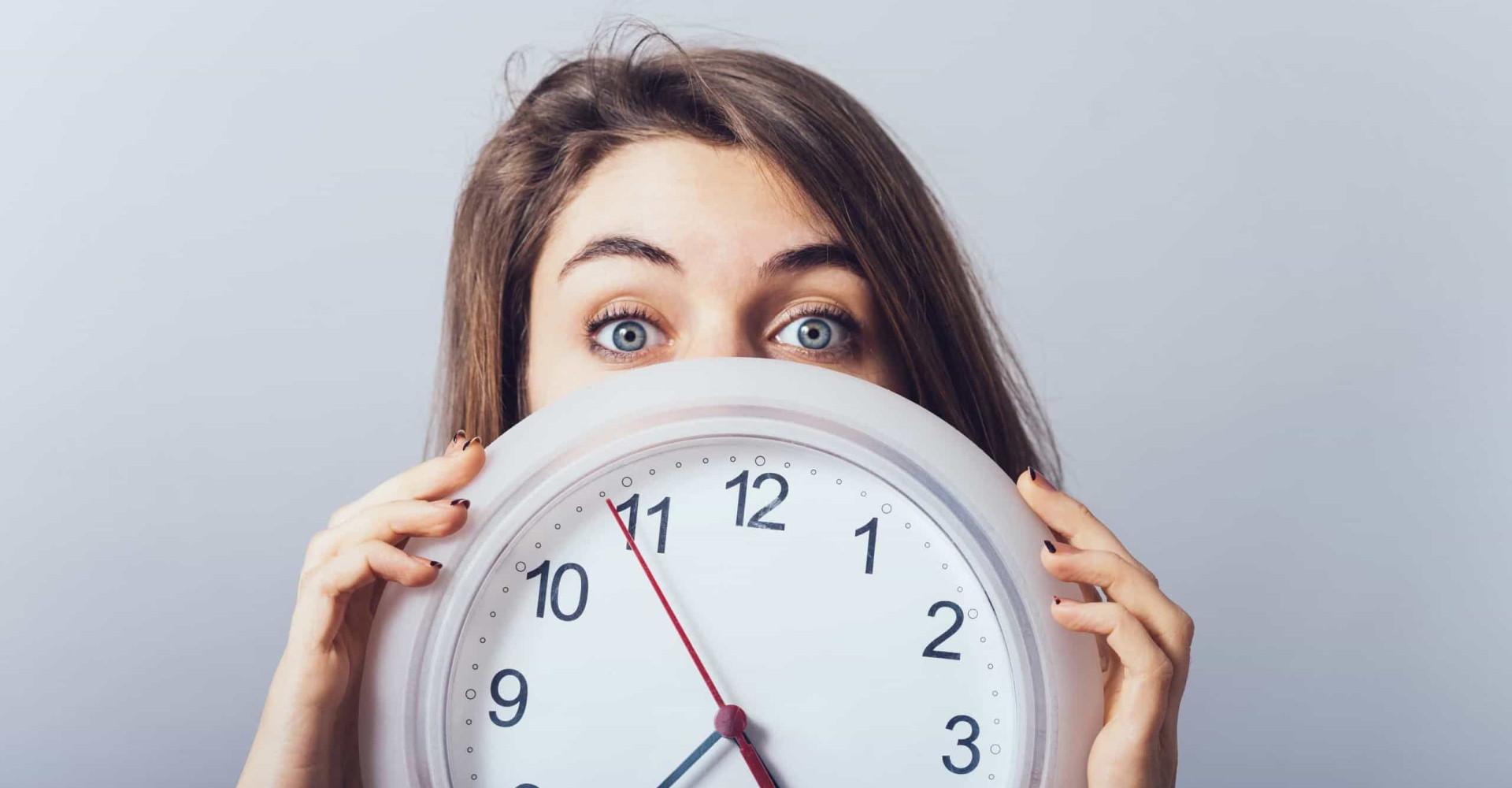 Warum die Zeit schneller zu vergehen scheint, je älter wir werden