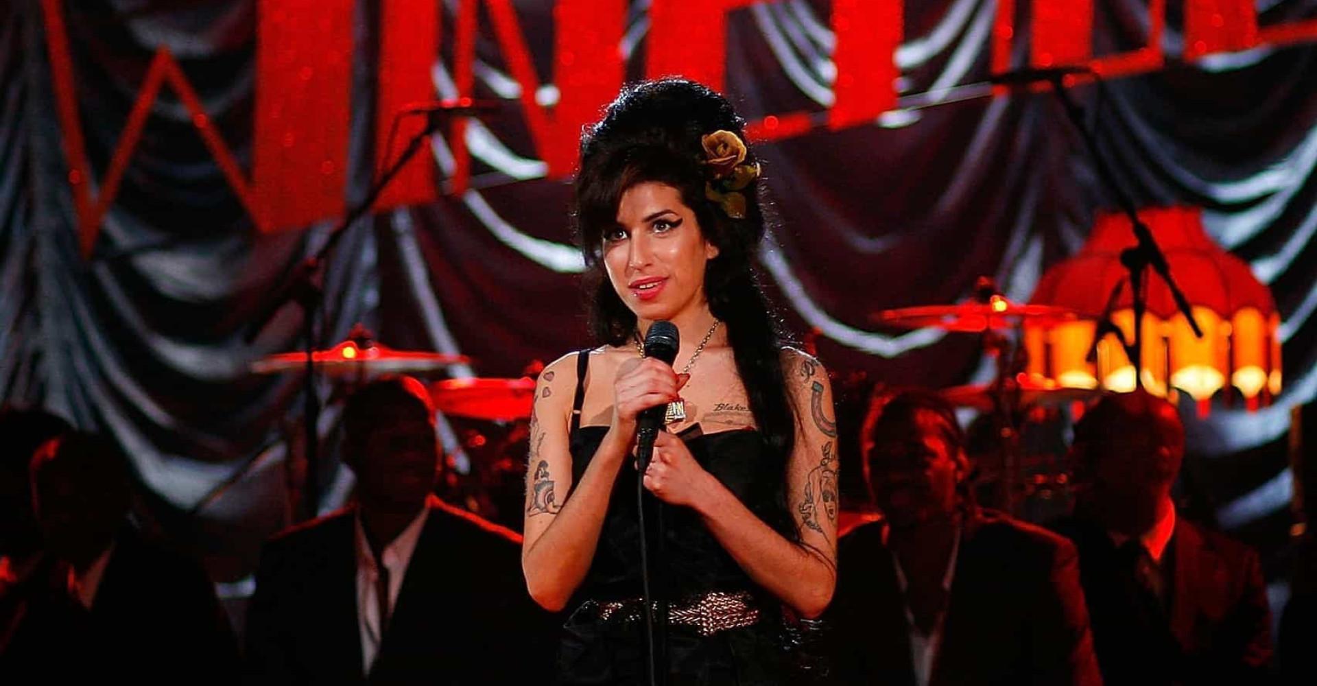 Amy Winehouse et autres artistes aux albums posthumes