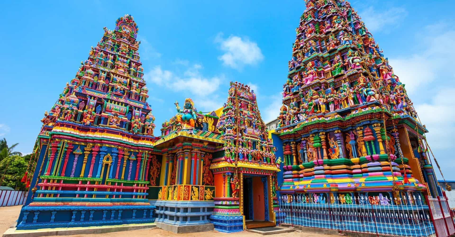 Stunning Hindu temples you need to see to believe