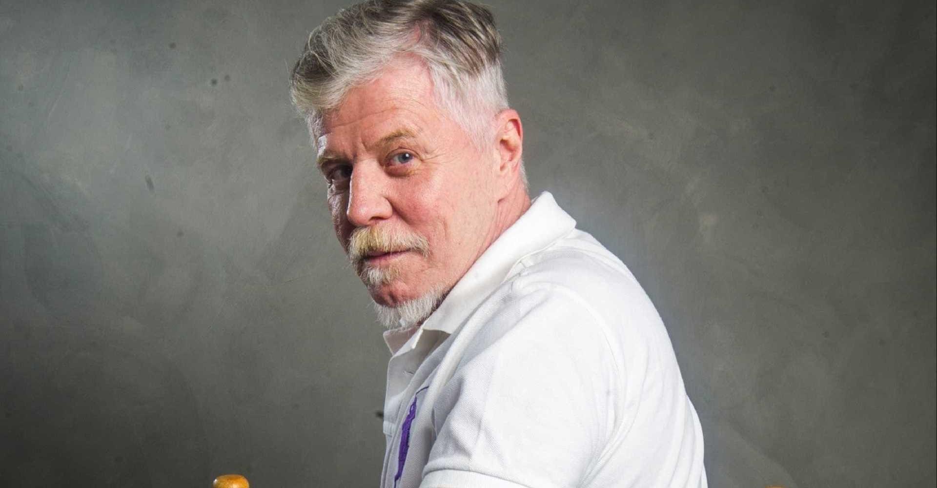 """Miguel Falabella anuncia morte de ator da Globo e lamenta: """"Até breve!"""""""