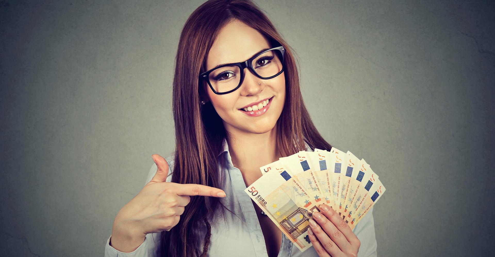 Loterijwinnares biedt 70.000 euro per jaar voor full-time partner