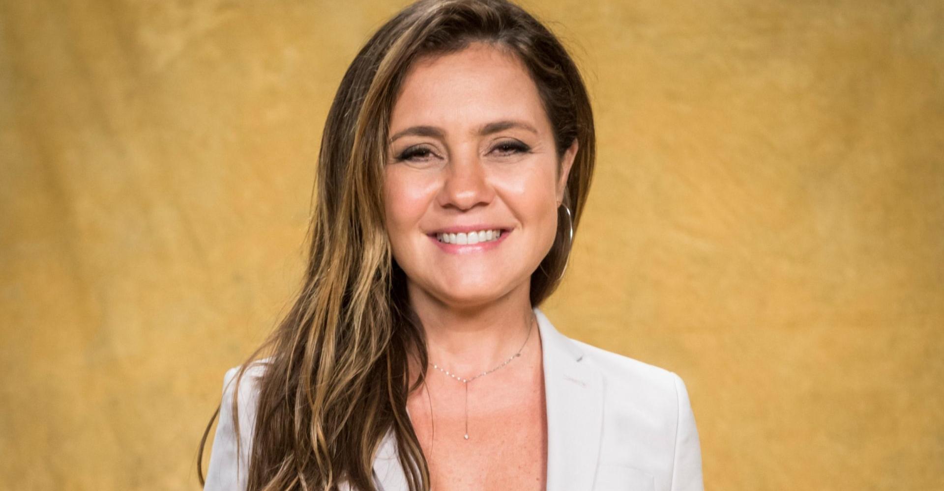Adriana Esteves é confirmada como protagonista de nova novela da Globo
