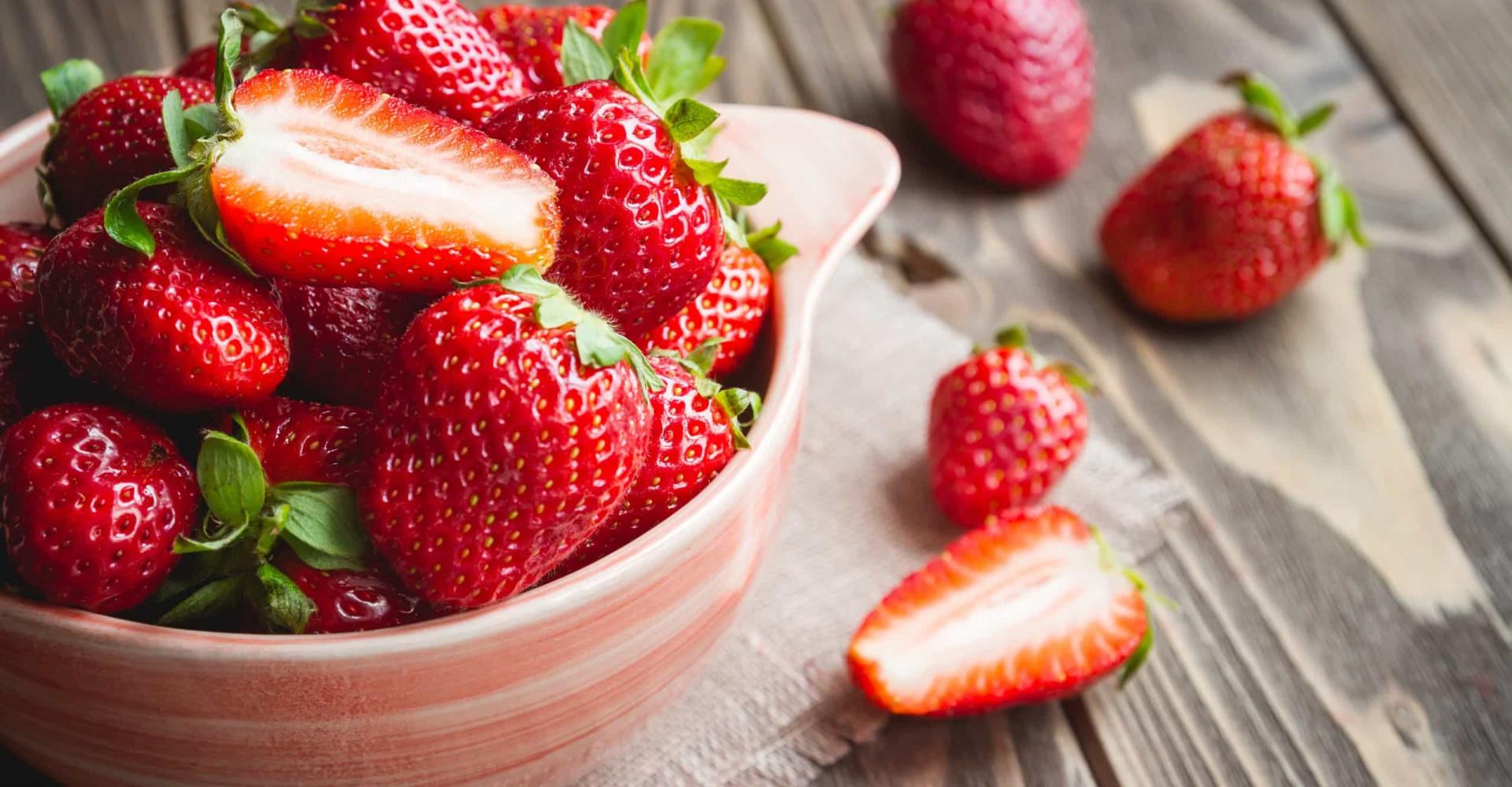 Zo blijven je aardbeien langer houdbaar