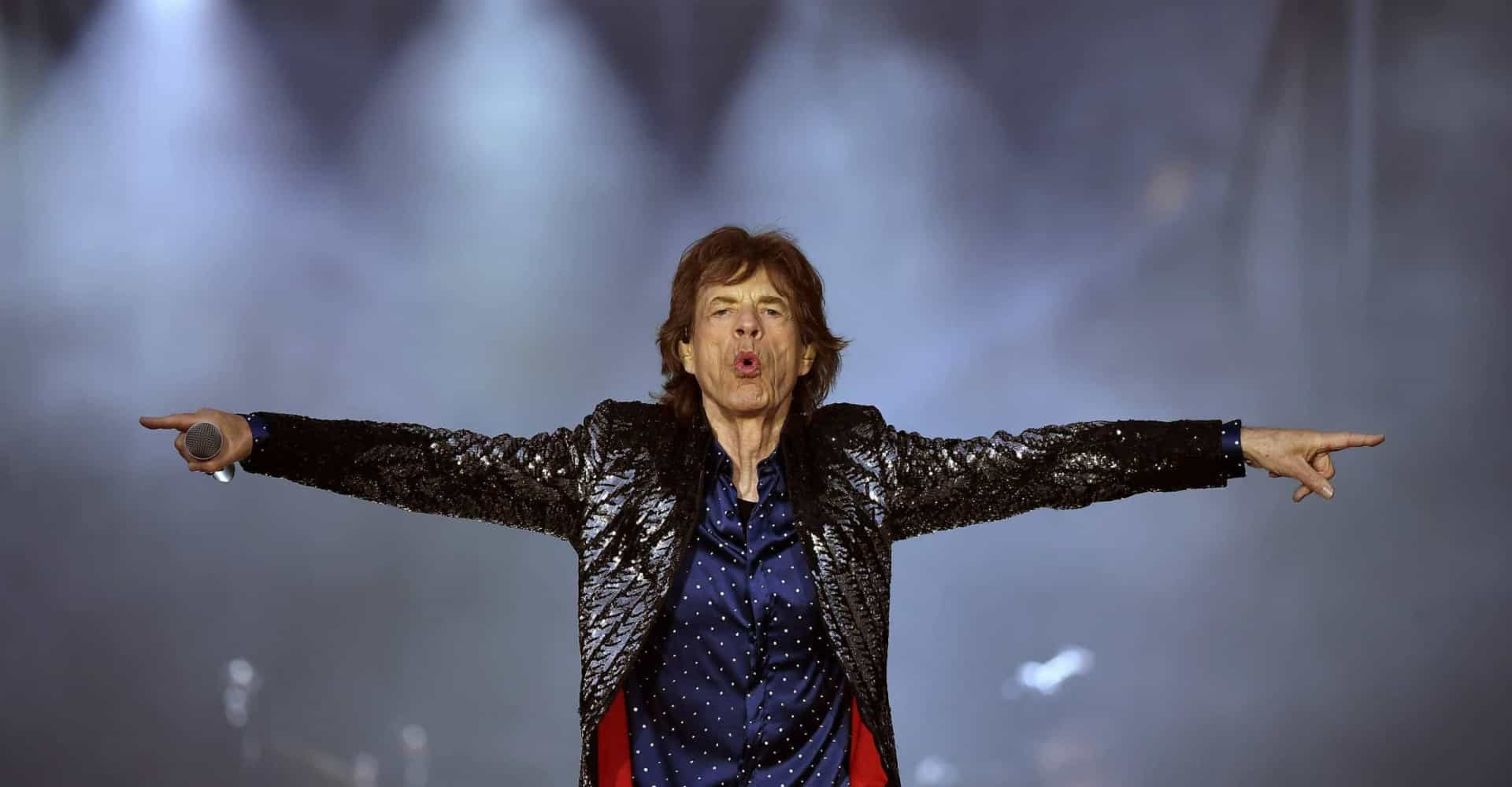 Mick is back and still moving like Jagger