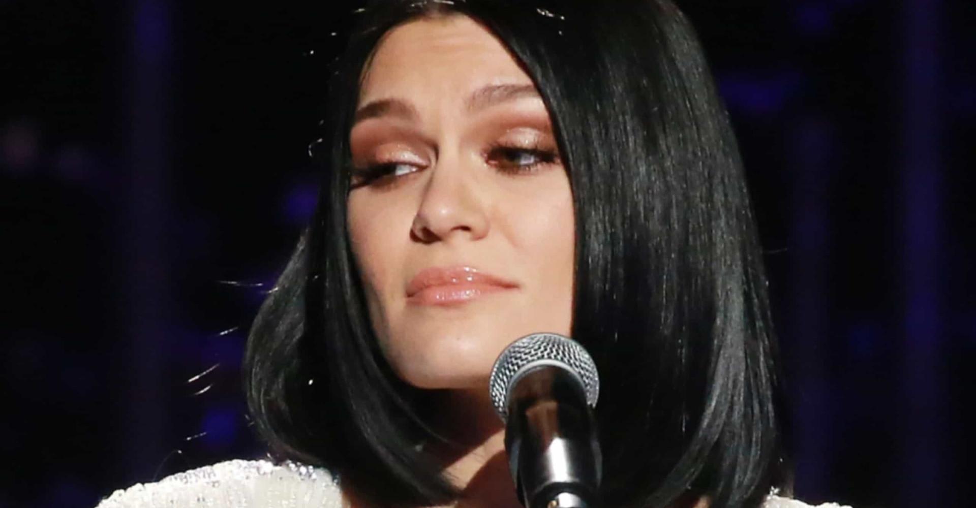 Jessie J y otros famosos que metieron la pata con sus tatuajes