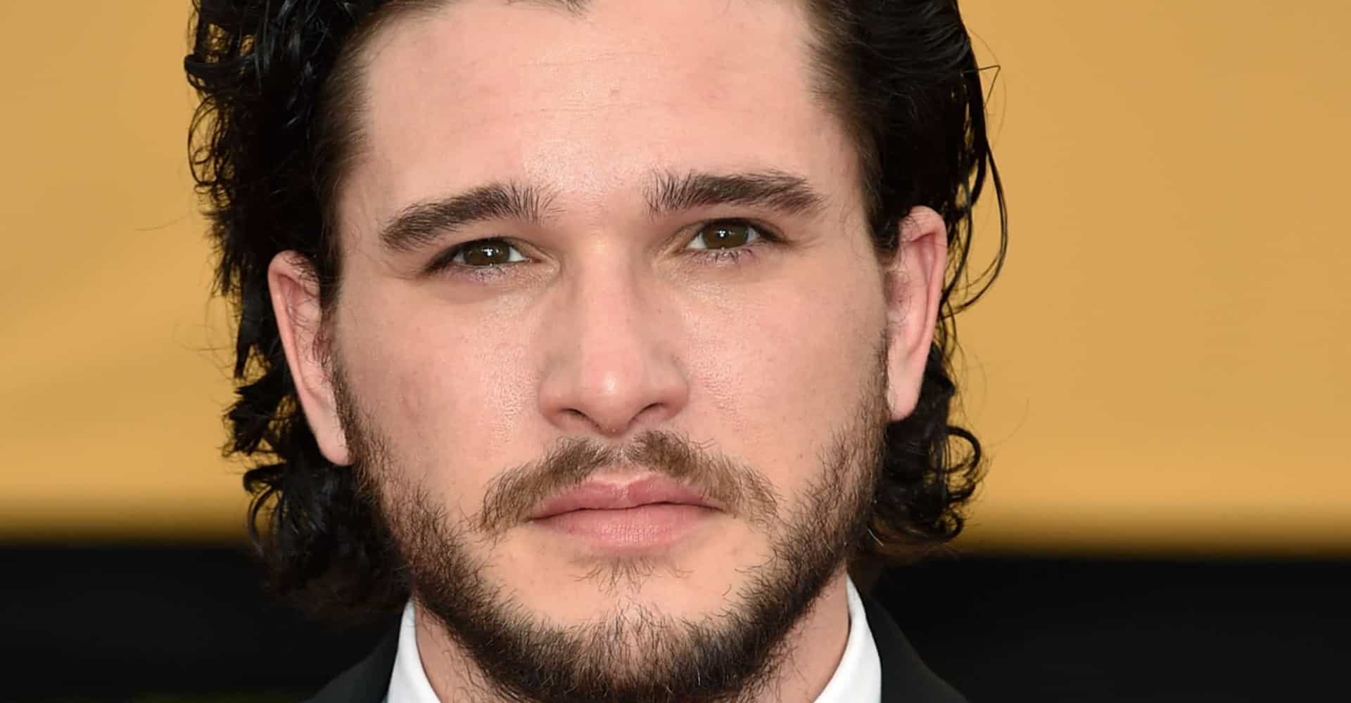 Hilarious and weird facts about the hunky Kit Harington