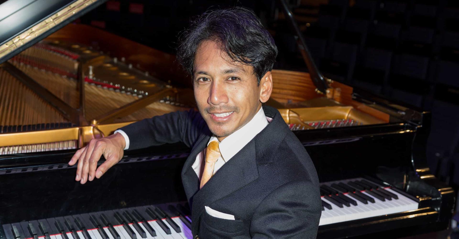 Wibi Soerjadi: het veelbewogen leven van een pianovirtuoos