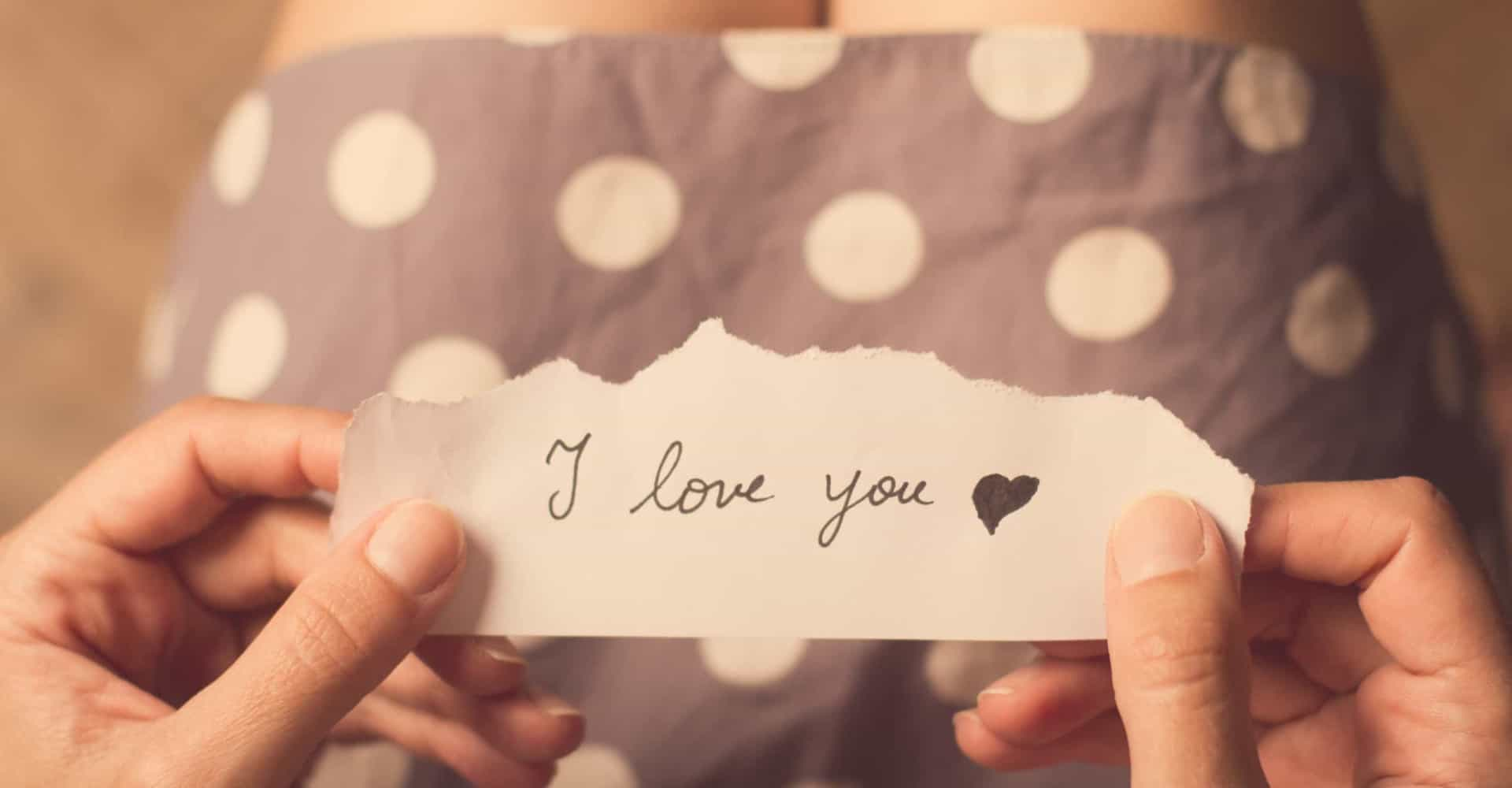 Wanneer is het te vroeg om 'Ik hou van je' te zeggen?