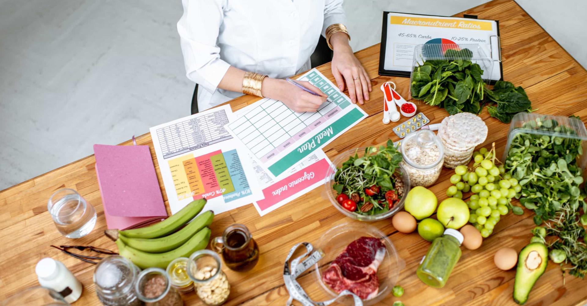Zo kun je je bloeddruk verlagen met de juiste voeding