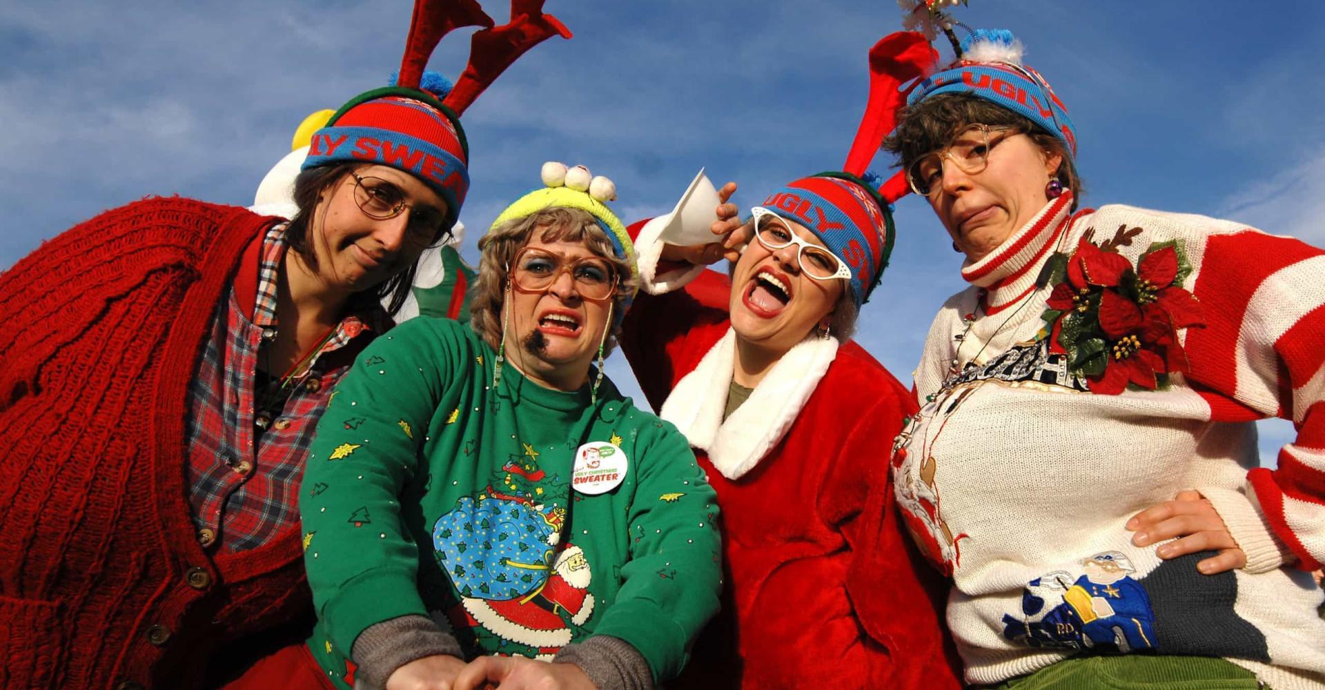 Los jerséis navideños más denigrantes del mundo