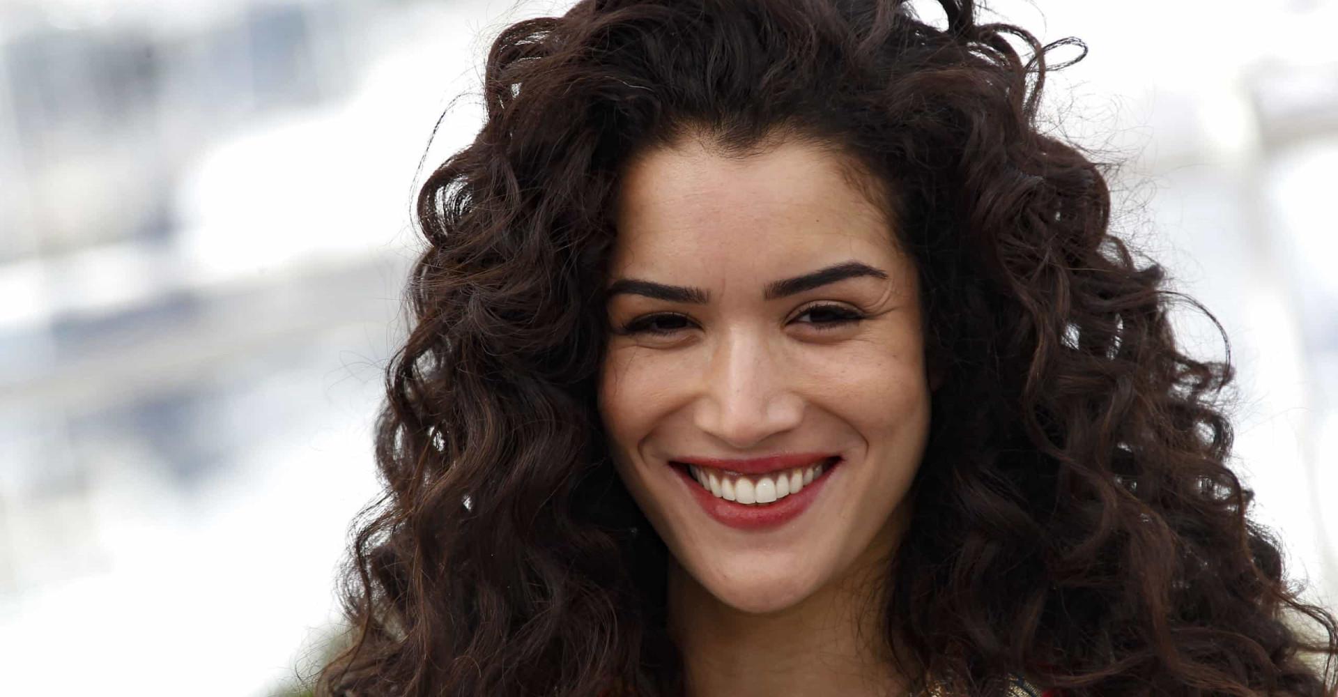 Qui est la belle Sabrina Ouazani?