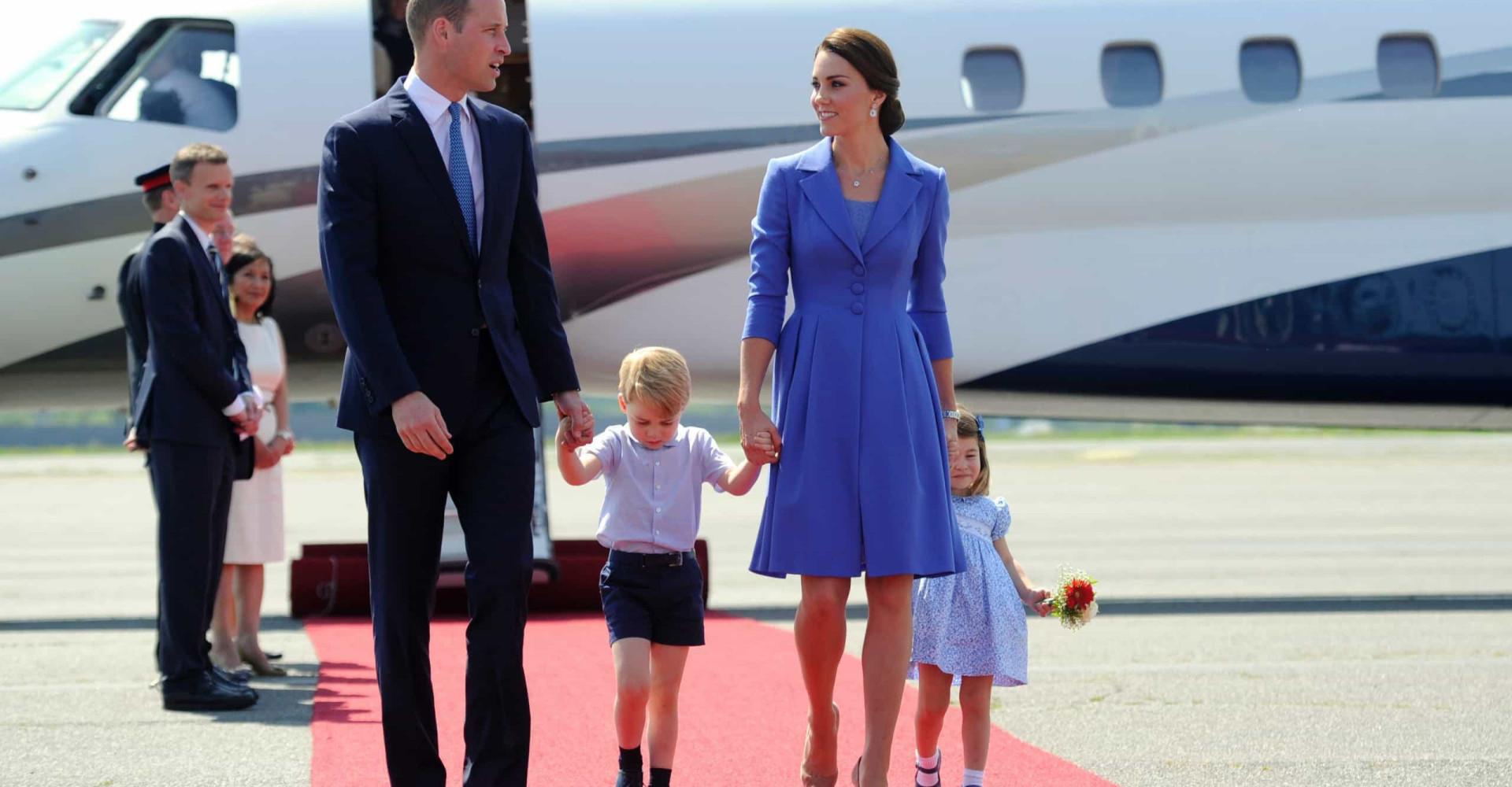 Brittien kuninkaallisen perheen salaiset matkustussäännöt