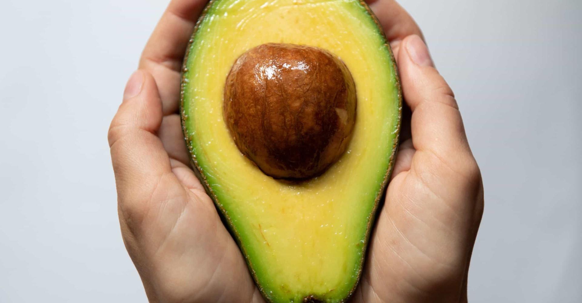 Keiharde avocado? Zo versnel je het rijpingsproces