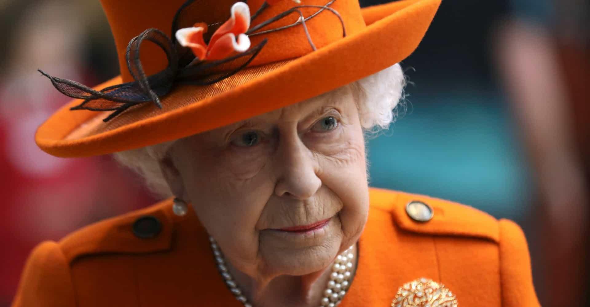 Rainha Elizabeth II se muda para o Castelo de Windsor; veja reações da família real com o Covid-19